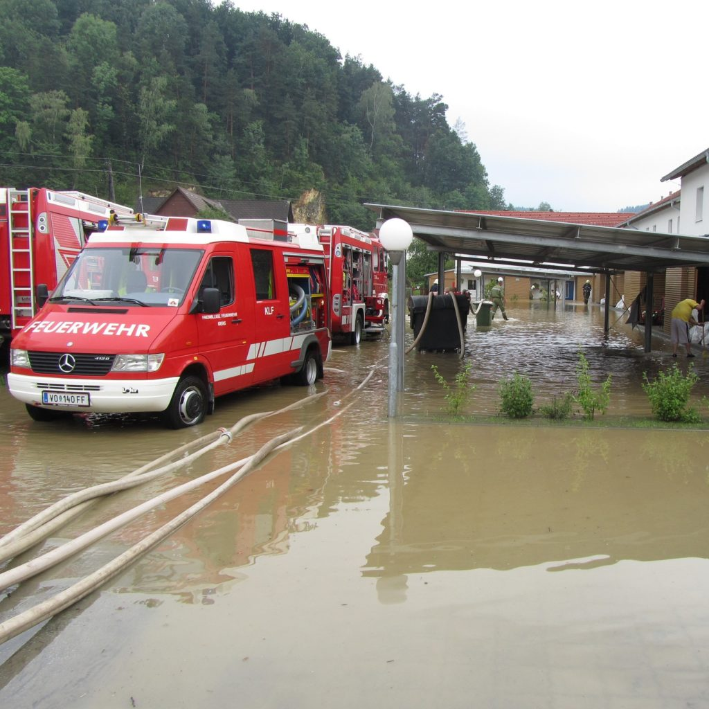 Ensure preconditions for the implementation of disaster control plans Image